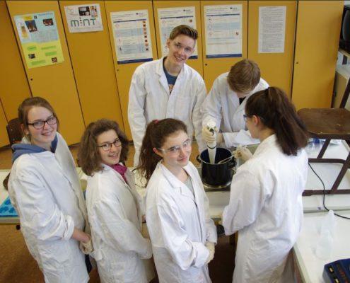Chemie-AG-am CFG